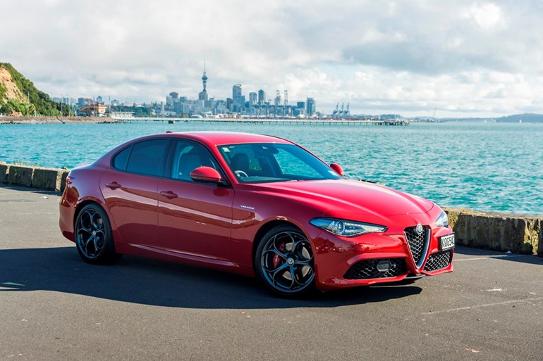 giulia veloce alfa s sibling rivalry road tests driven. Black Bedroom Furniture Sets. Home Design Ideas