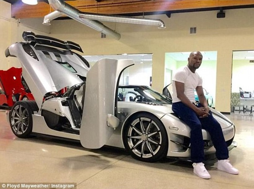Floyd Mayweather and his Koenigsegg