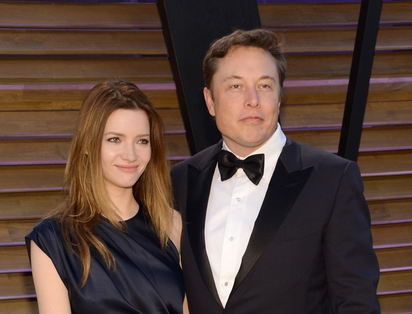In this March 2, 2014 file photo, Talulah Riley, left, and Elon Musk attend the 2014 Vanity Fair Oscar Party. Photo / AP