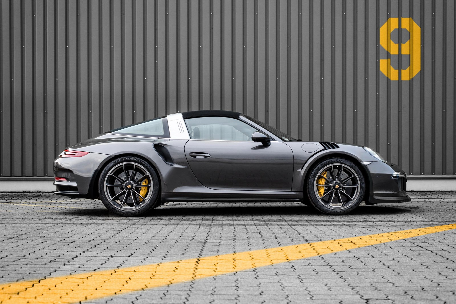Why not both perfect porsche 991 targagt3 rs mashup revealed this porsche left the factory as a 9912 targa 4 gts offering 331kw of turbocharged power an open air driving experience and the comfortable gt ride sciox Image collections
