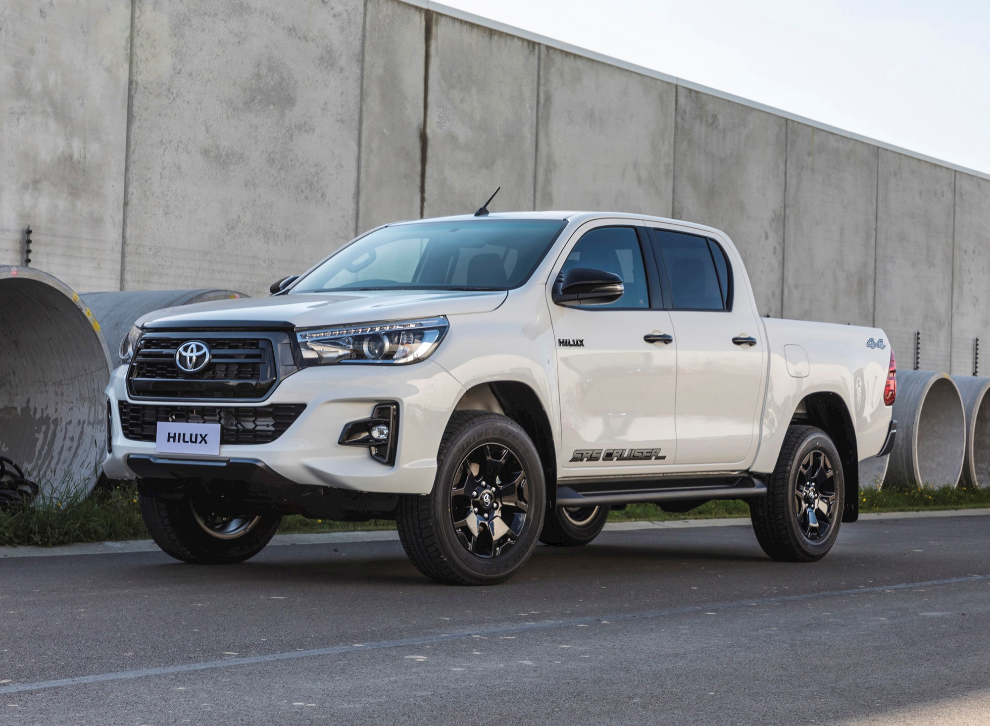 Toyota Double Cab >> Toyota introduce range-topping Hilux SR5 Crusier - Reviews - Driven